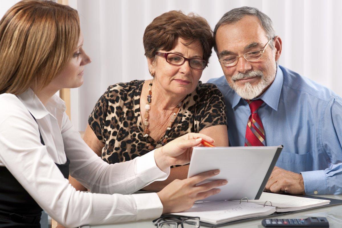 консультация юриста по пенсии освещение